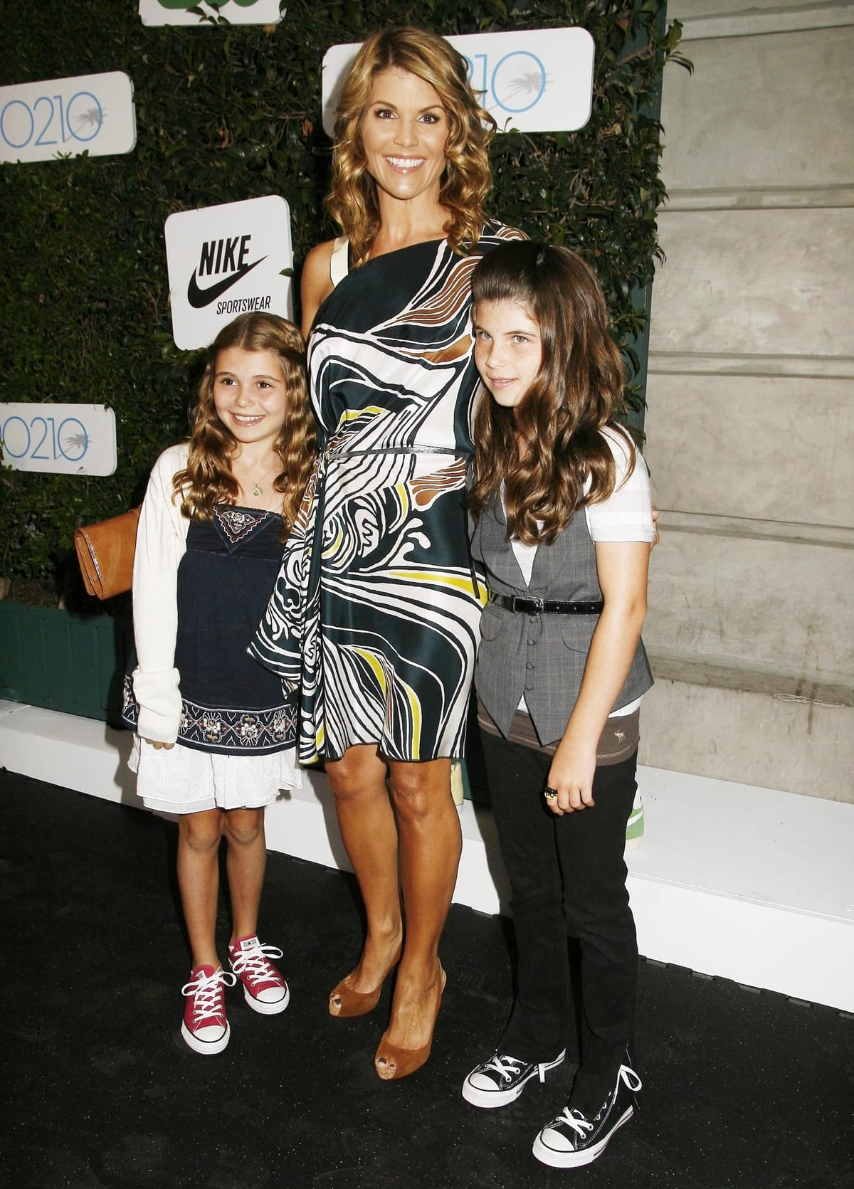Actress Lori Loughlin and her daughters Olivia Jade Giannulli and Isabella Rose Giannulli