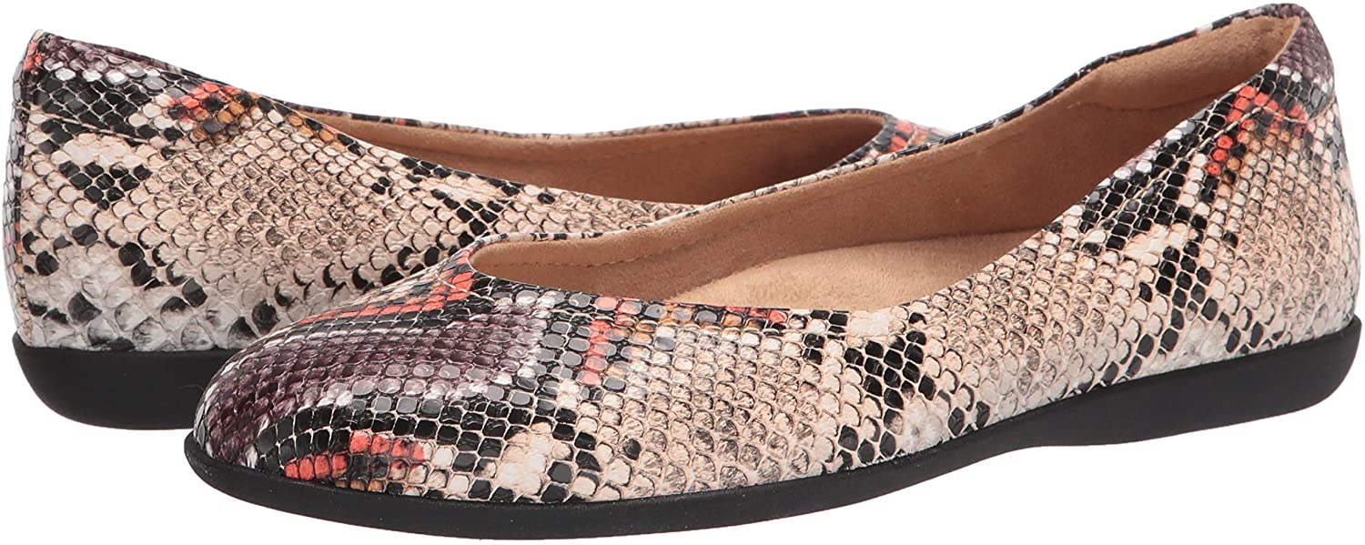 These timeless and versatile Naturalizer Vivienne flats are available in black and tan leather and manmade snakeskin