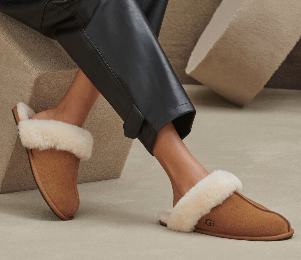 This comfy, water-resistant suede house slipper is trimmed and lined with genuine sheepskin