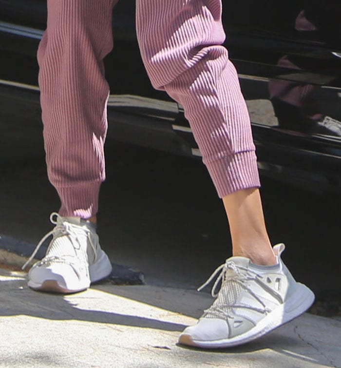 Alessandra Ambrosio completes her sporty look with Adidas Arkyn sneakers