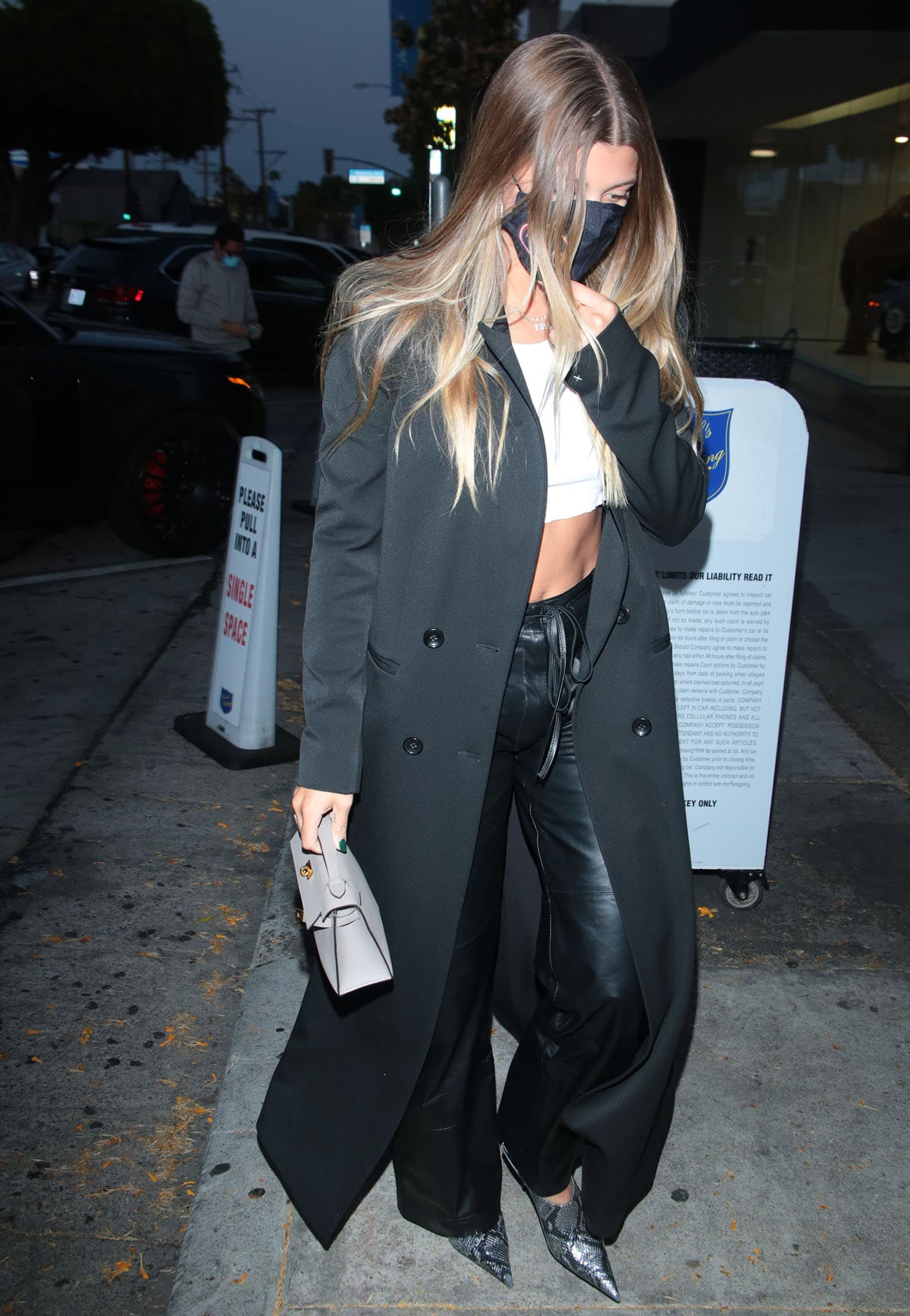 Sofia Richie steps out for a date night with new boyfriend Elliot Grainge at Craig's in West Hollywood on May 19, 2021