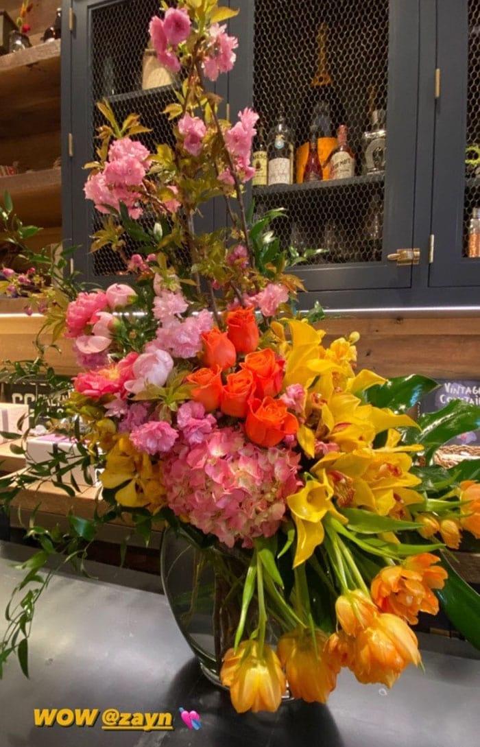 Gigi Hadid shares a photo of Zayn Malik's surprise flower arrangement for her 26th birthday