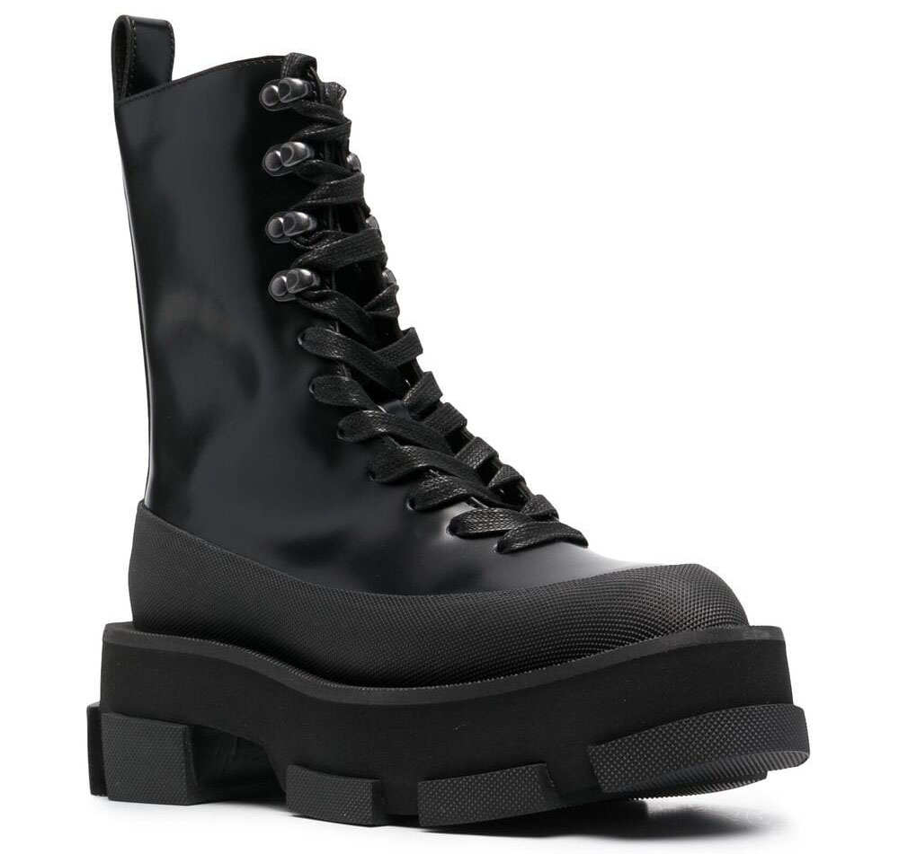 A chunky combat boot that features Spazzolato leather upper and a chunky split ridged rubber sole