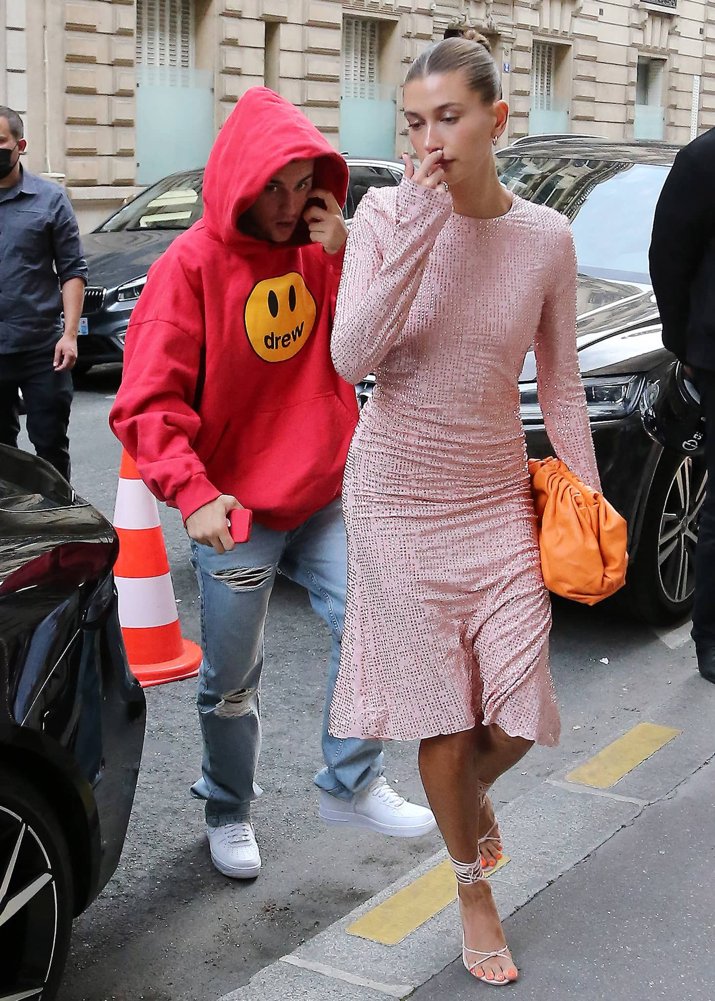 Justin and Hailey Bieber step out for dinner at Stresa's restaurant in Paris on June 21, 2021