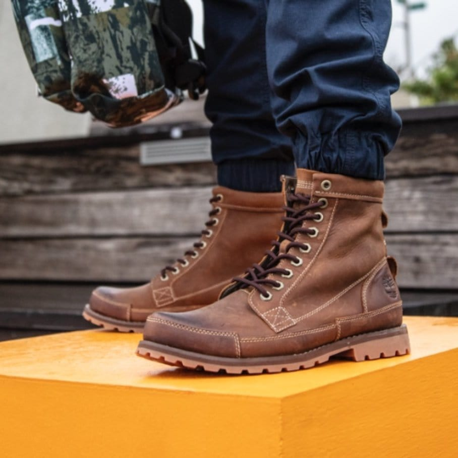 Timberland's environmentally friendly Earthkeepers boots are made with soft, premium leathers, recycled materials and anti-fatigue technology