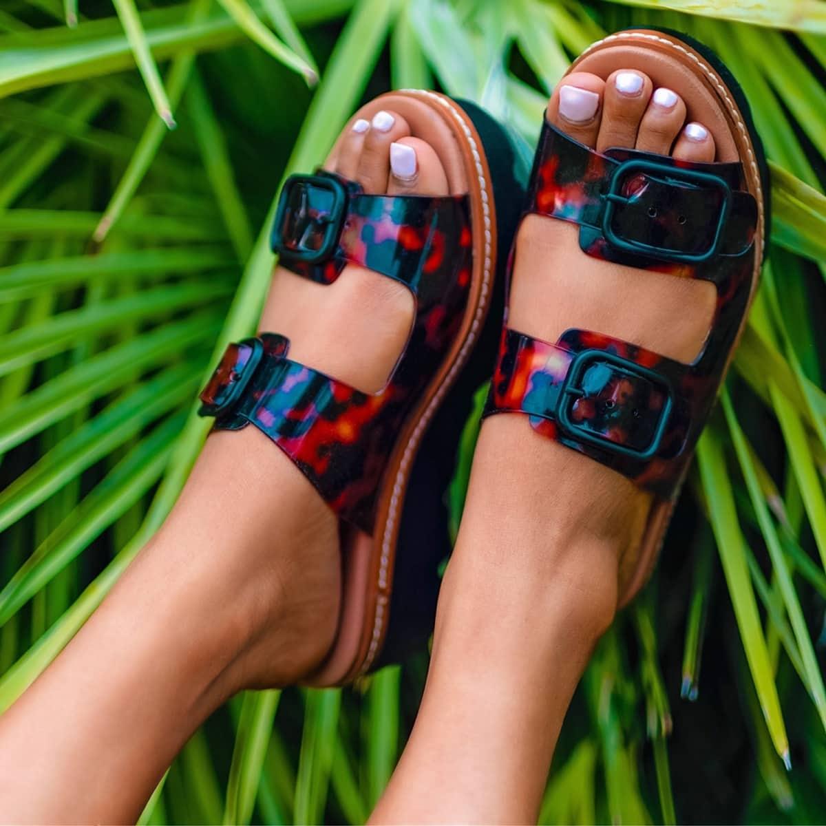 Tortoise print chunky slide summer sandal elevated on a sporty platform
