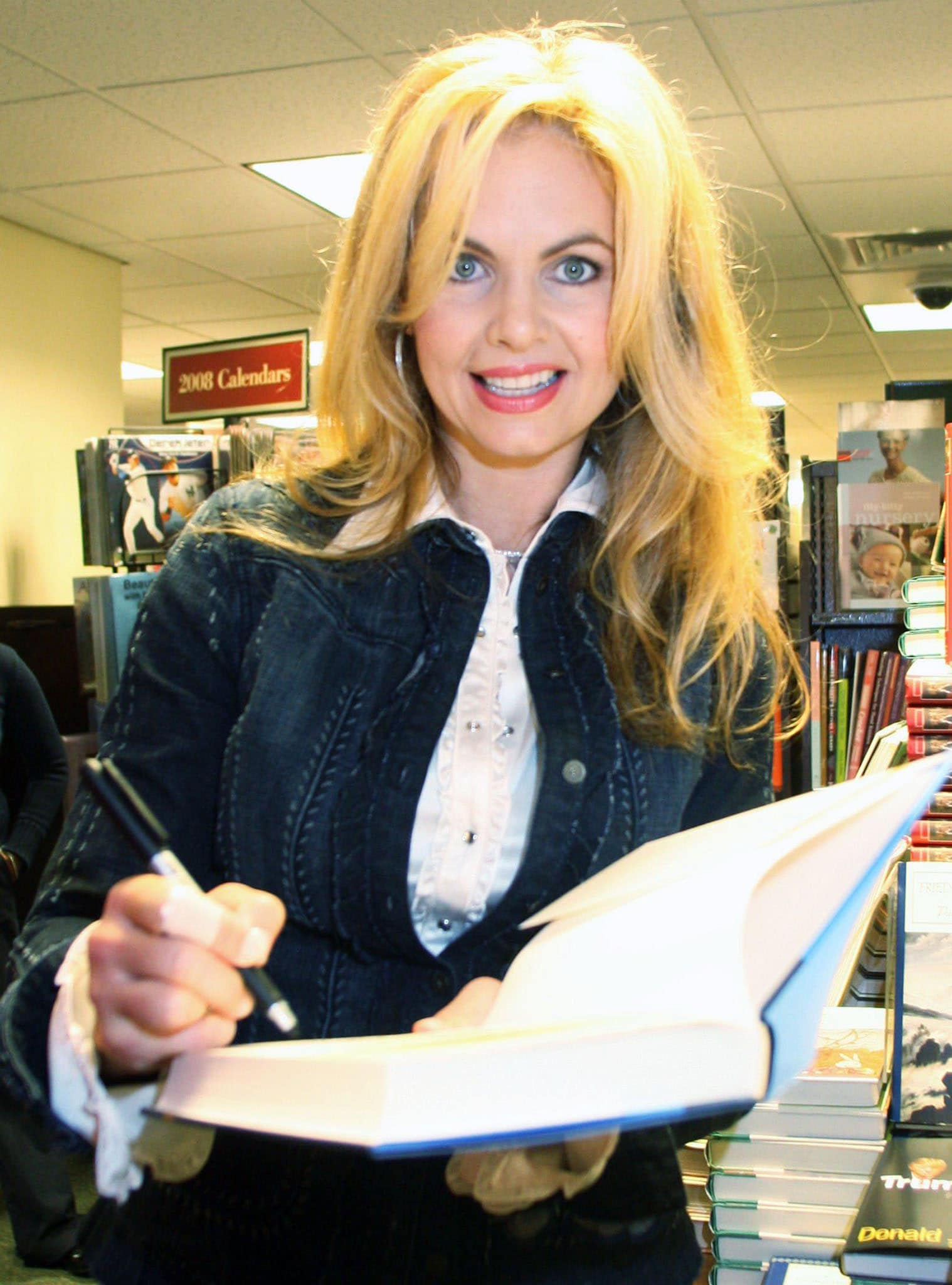 Victoria Osteen, pictured signing Pastor Joel's Become a Better You book in 2007, allegedly assaulted a flight attendant in 2008