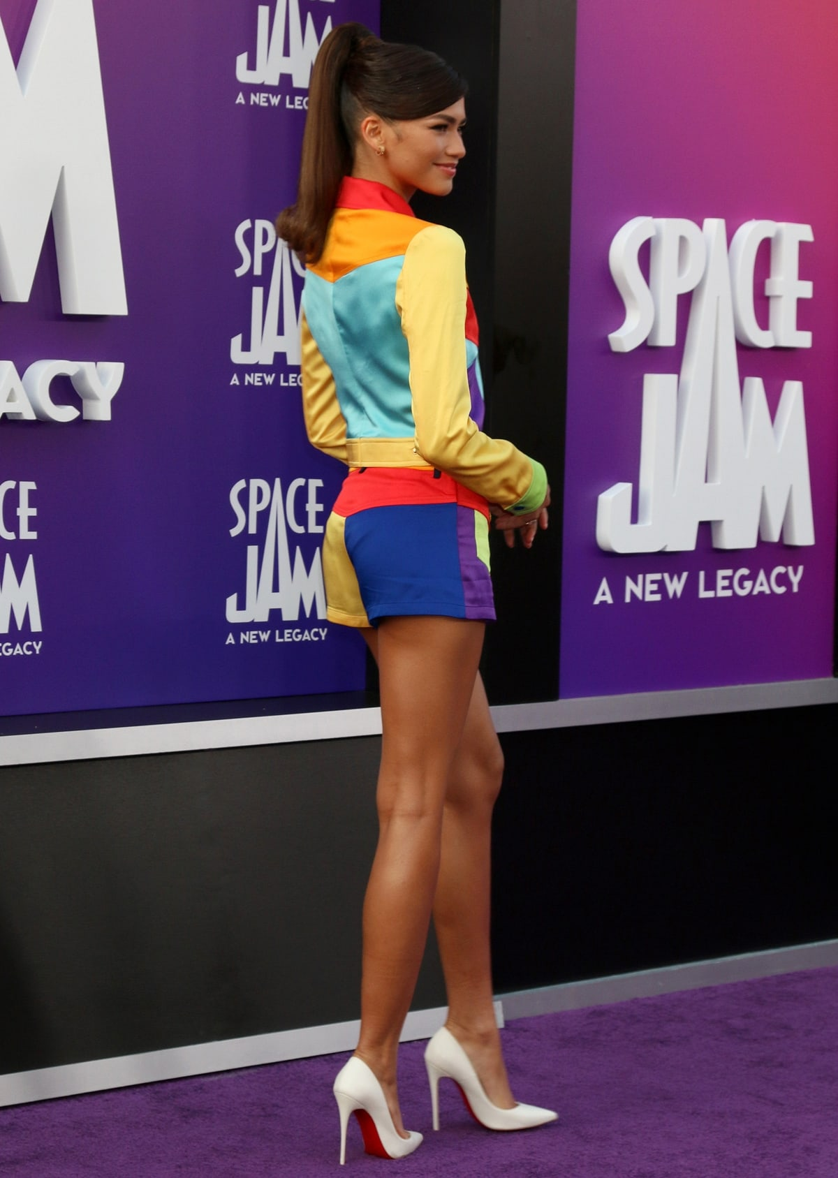 Zendaya's brightly-colored Moschino look was inspired by Lola Bunny