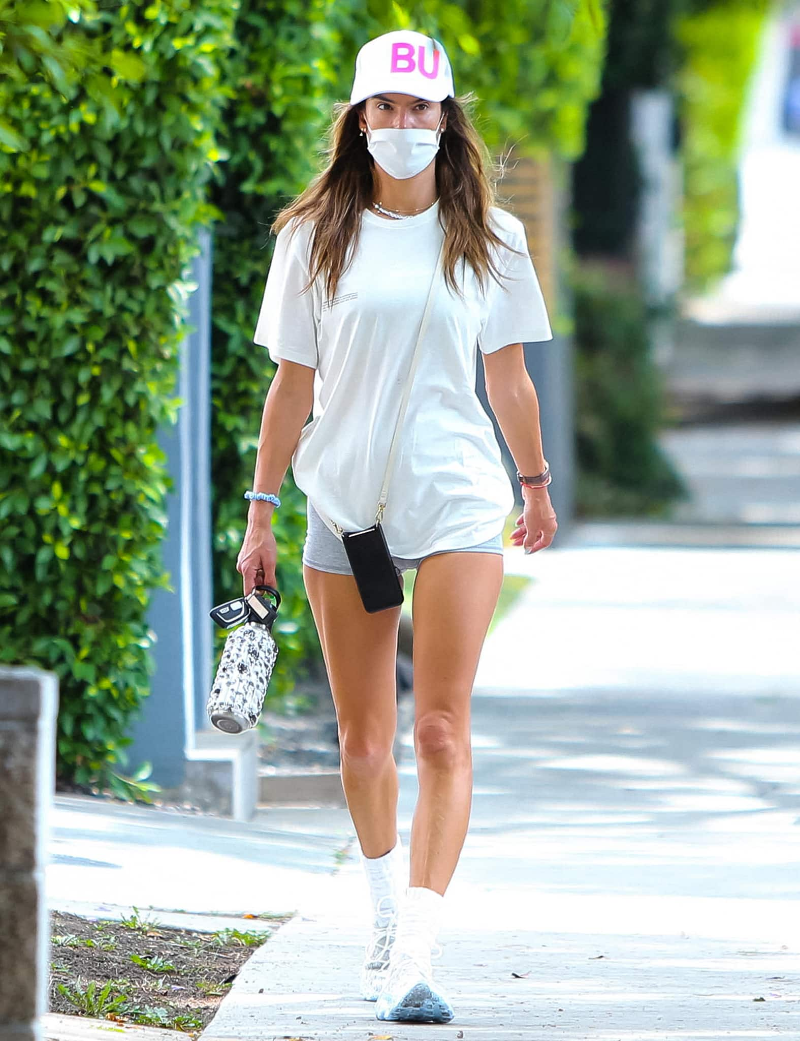 Alessandra parades her mile-long legs while out in Los Angeles on August 11, 2021