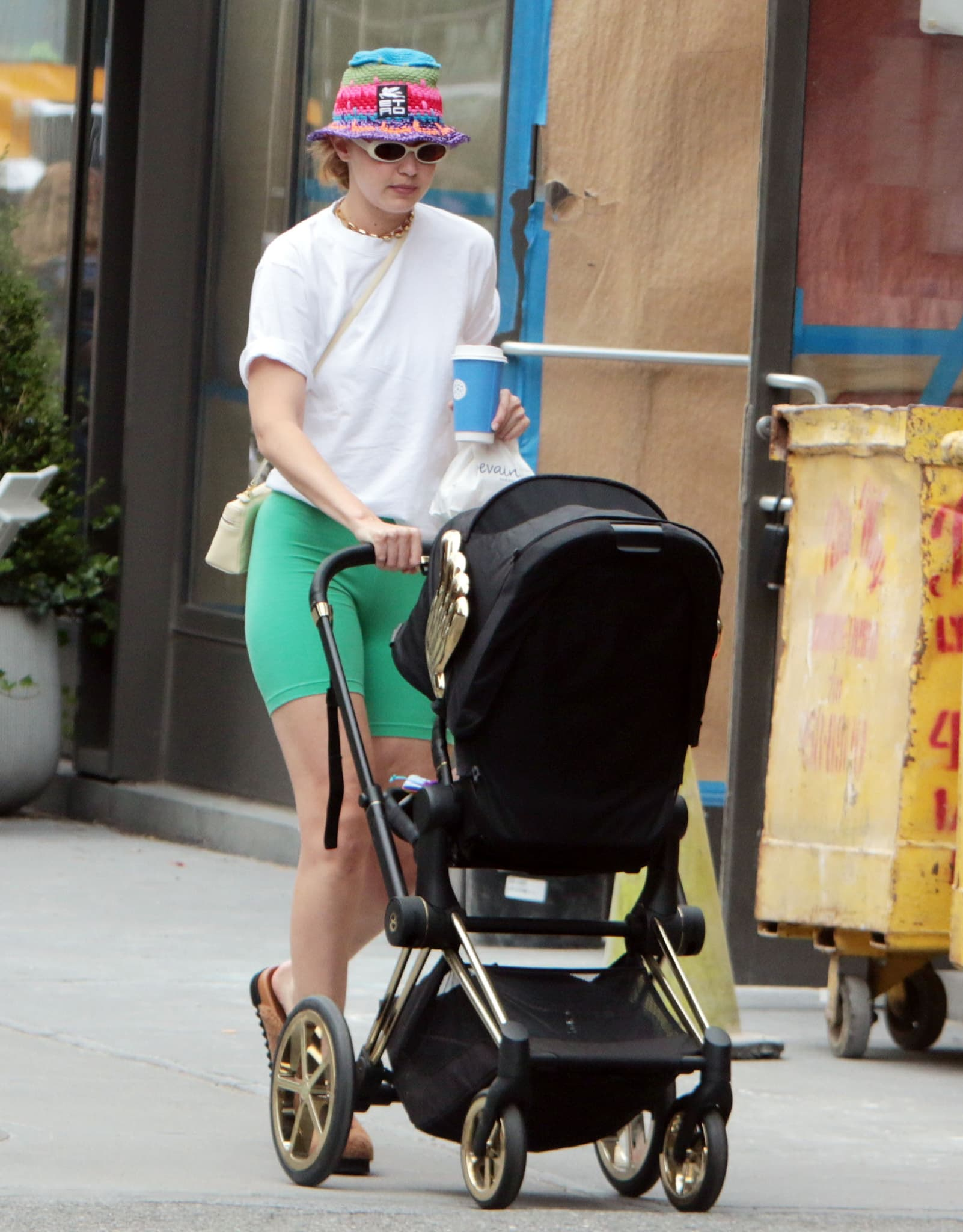 Gigi Hadid pushes her daughter Khai's Cybex by Jeremy Scott Wings Priam stroller