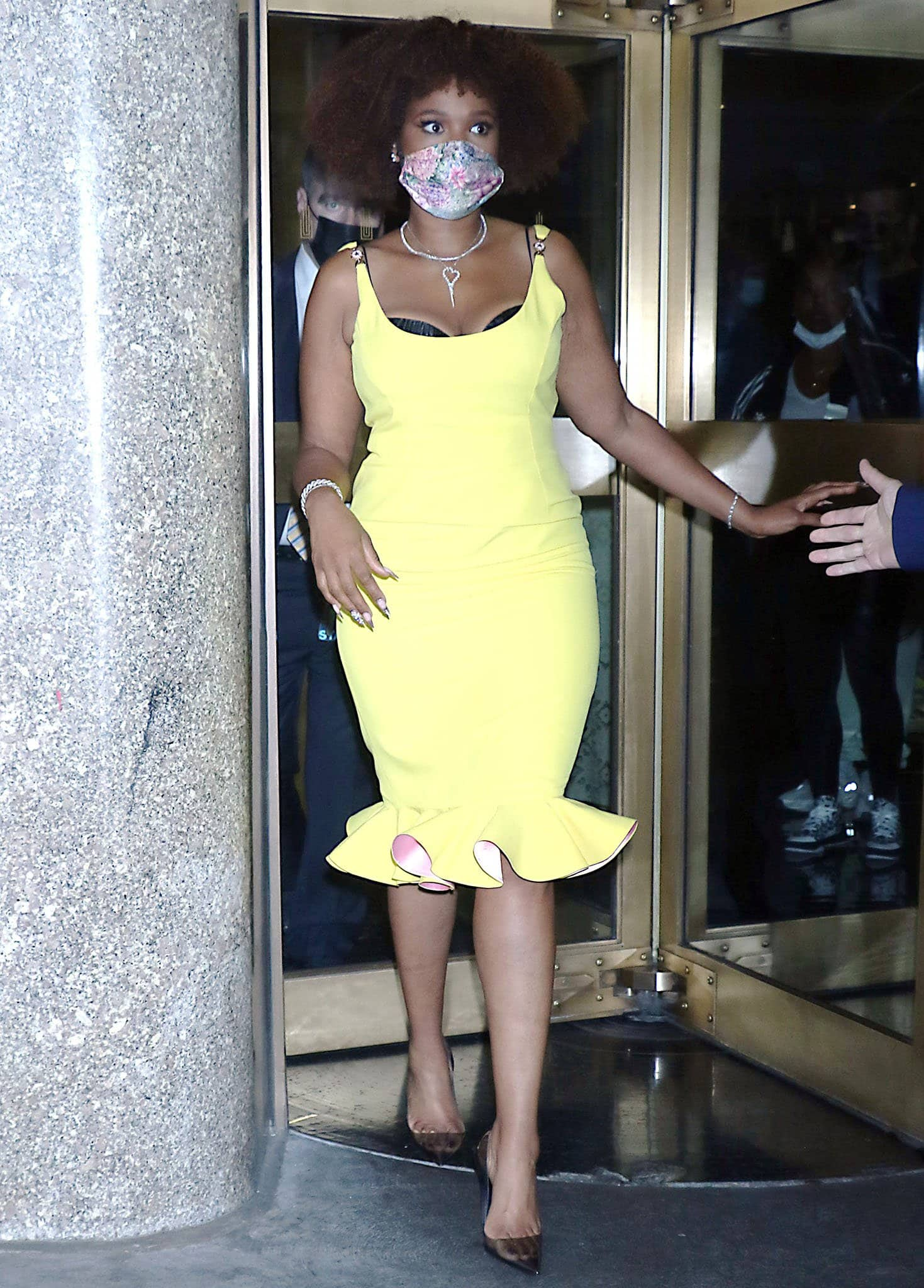 Jennifer Hudson leaving Late Night With Seth Meyers studio after promoting her new movie Respect on August 17, 2021