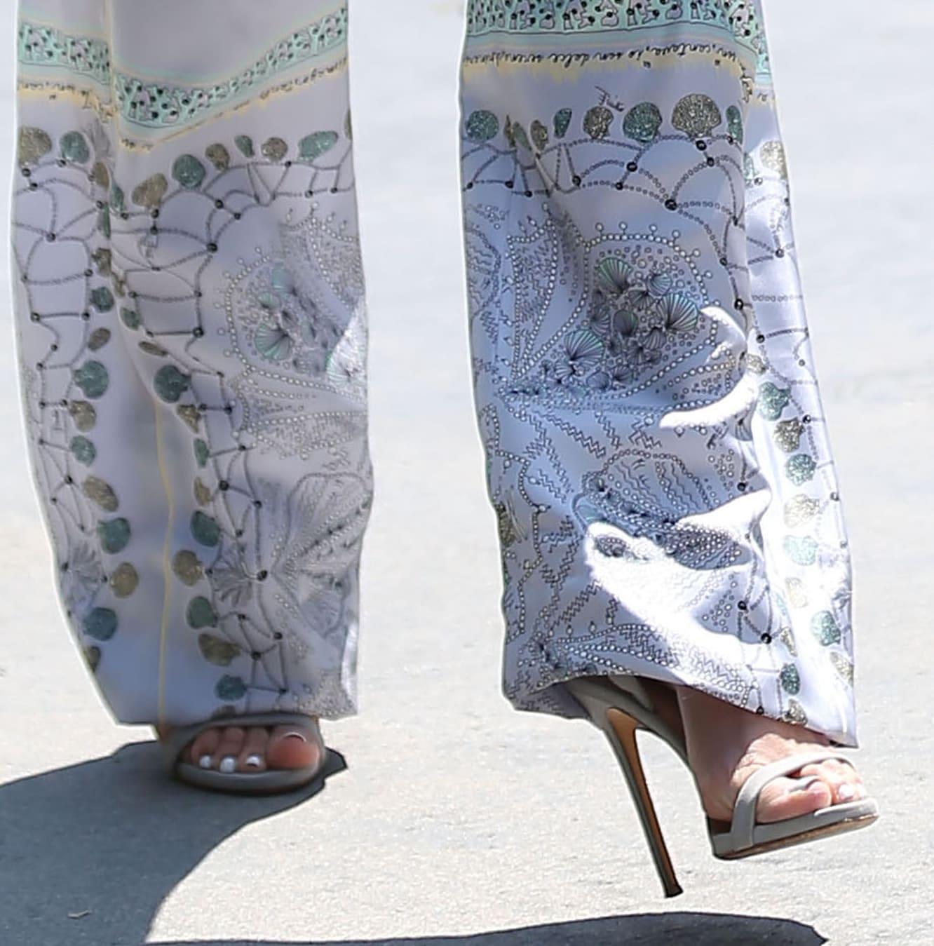 Jennifer Lopez shows off her feet in Giuseppe Zanotti for Jennifer Lopez Leslie sandals
