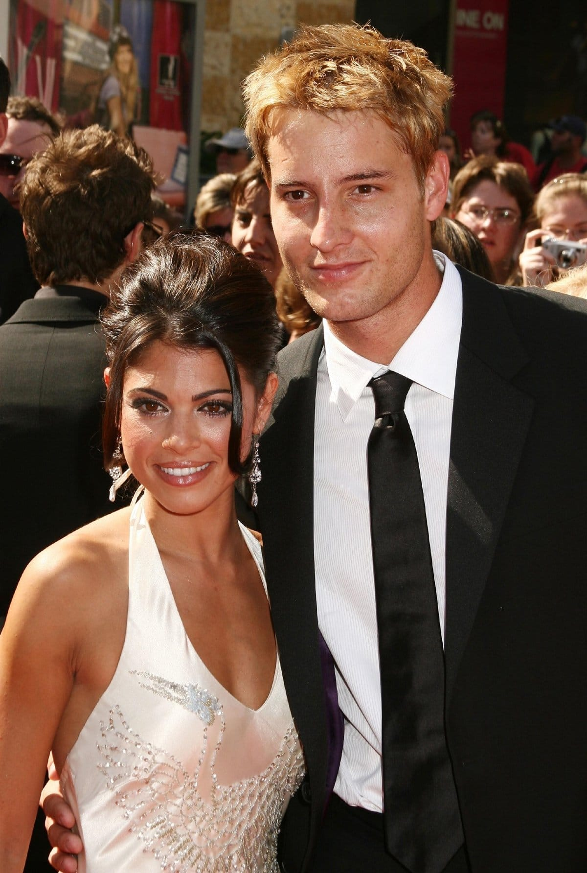 """Lindsay Korman and Justin Hartley married in May 2004 and divorced in 2012 citing """"irreconcilable differences"""""""