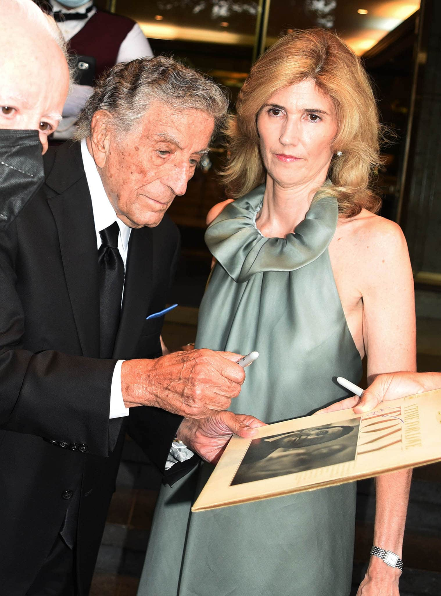 Tony Bennett and his wife Susan Crow leaving their NYC apartment to perform with Lady Gaga at Radio City Music Hall on August 3, 2021