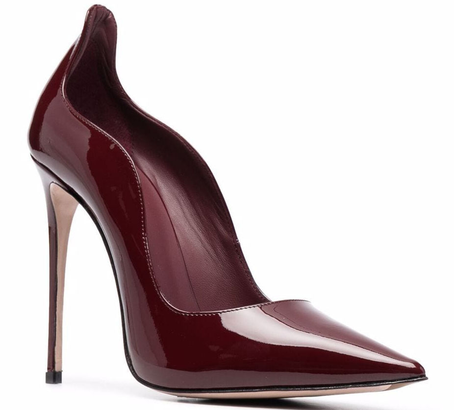 These Le Silla pumps have wavy edges, pointed toes, and about 4.7-inch towering stiletto heels
