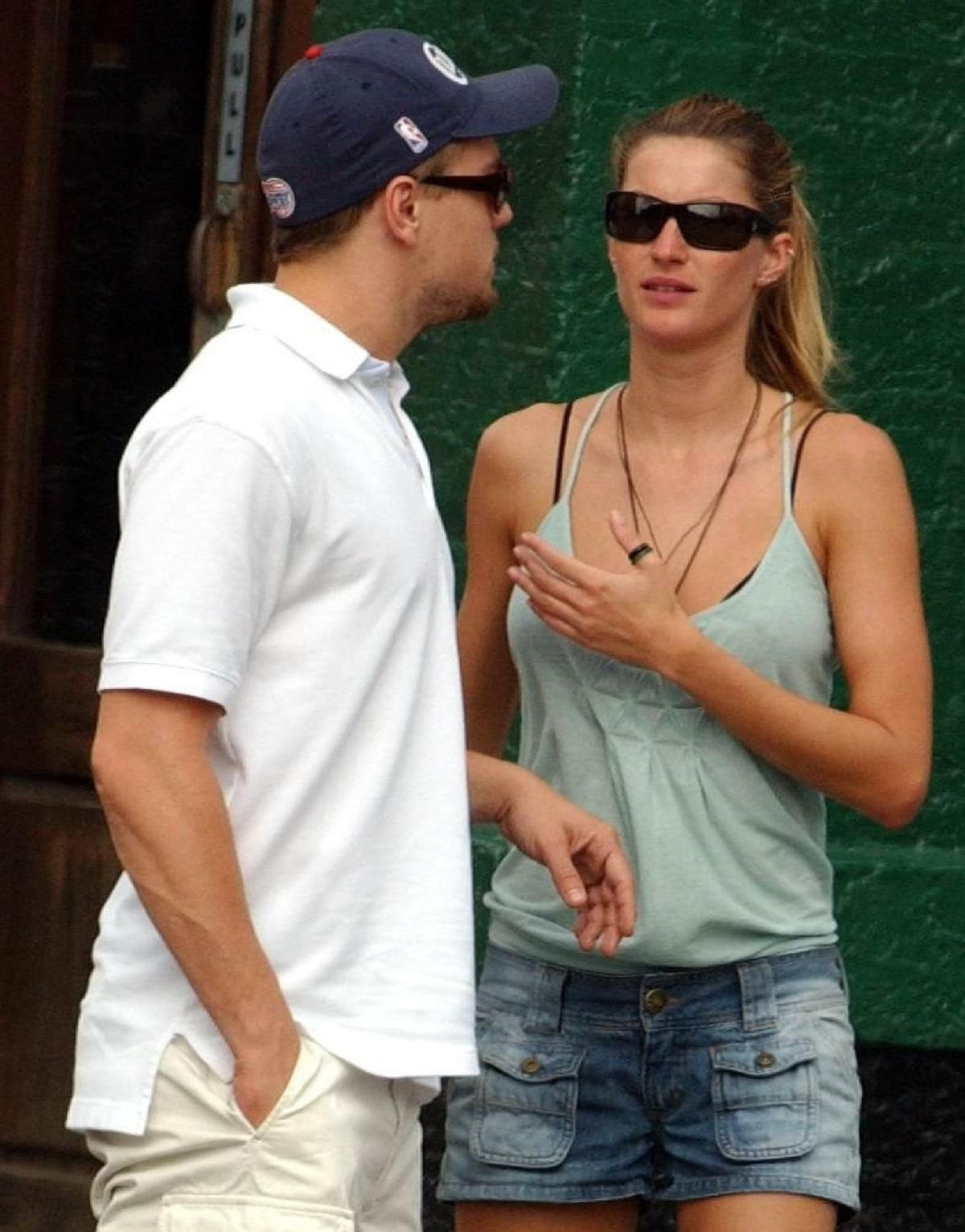 Gisele Bündchen broke up with Leonardo DiCaprio in 2005 when she realized he wasn't right for her