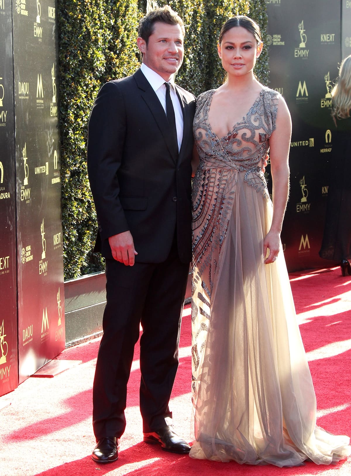 Nick and Vanessa Lachey on the red carpet at the 2018 Daytime Creative Arts Emmys