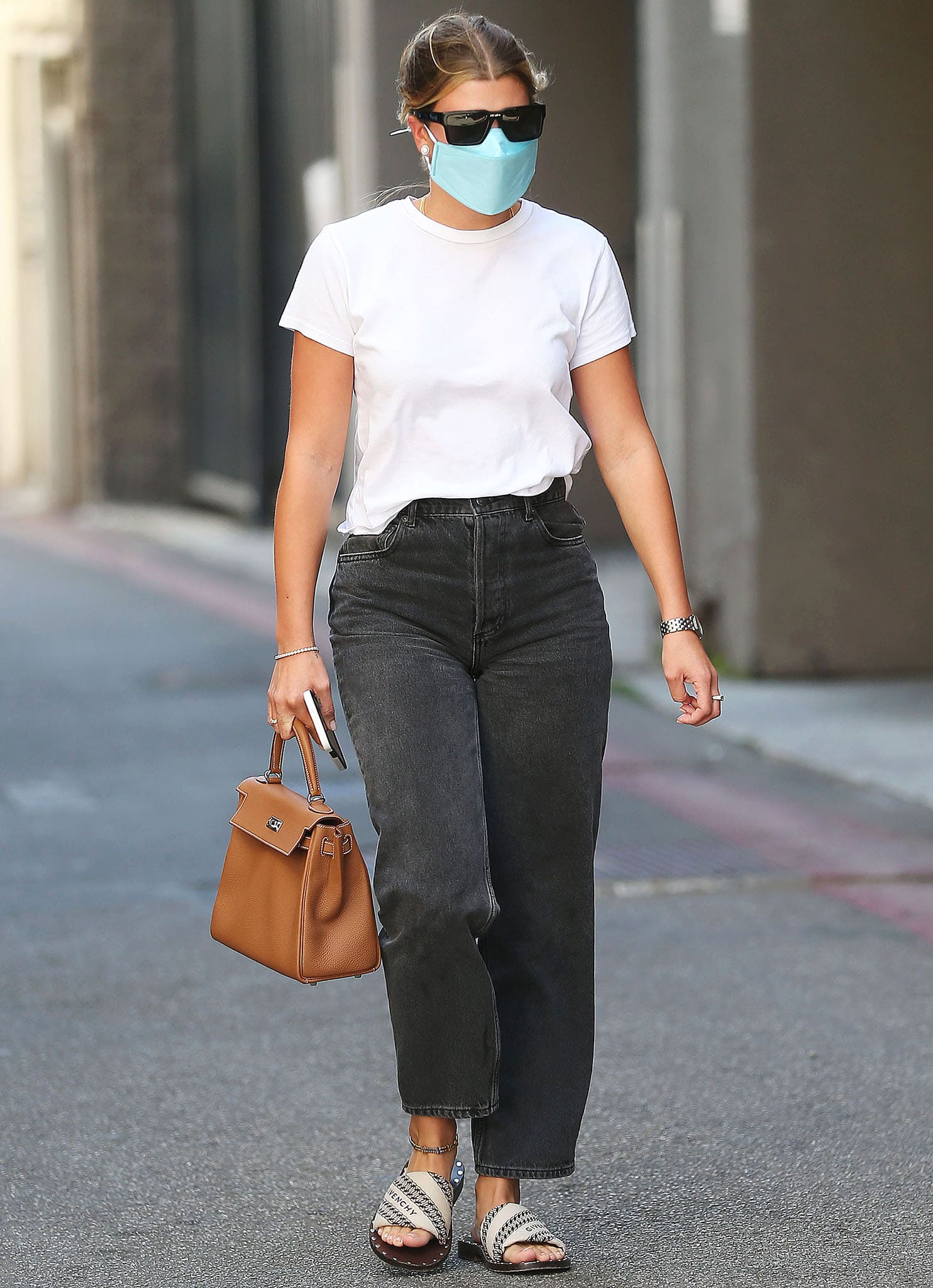 Sofia Richie wears a '90s minimalist outfit while out and about in Los Angeles on August 26, 2021