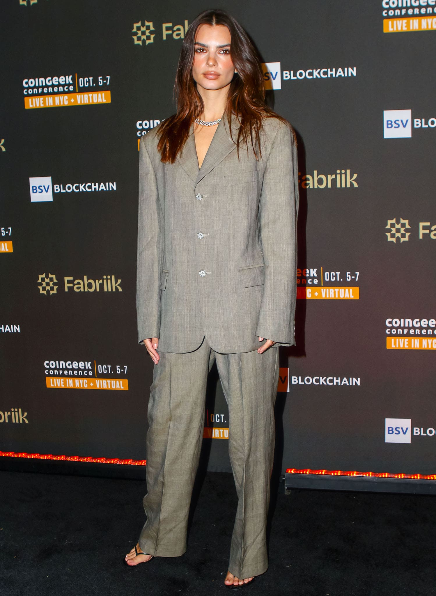 Emily Ratajkowski attends Coin Greek cocktail party at Gustavino's in New York City on October 4, 2021 after accusing Robin Thicke of groping her breasts