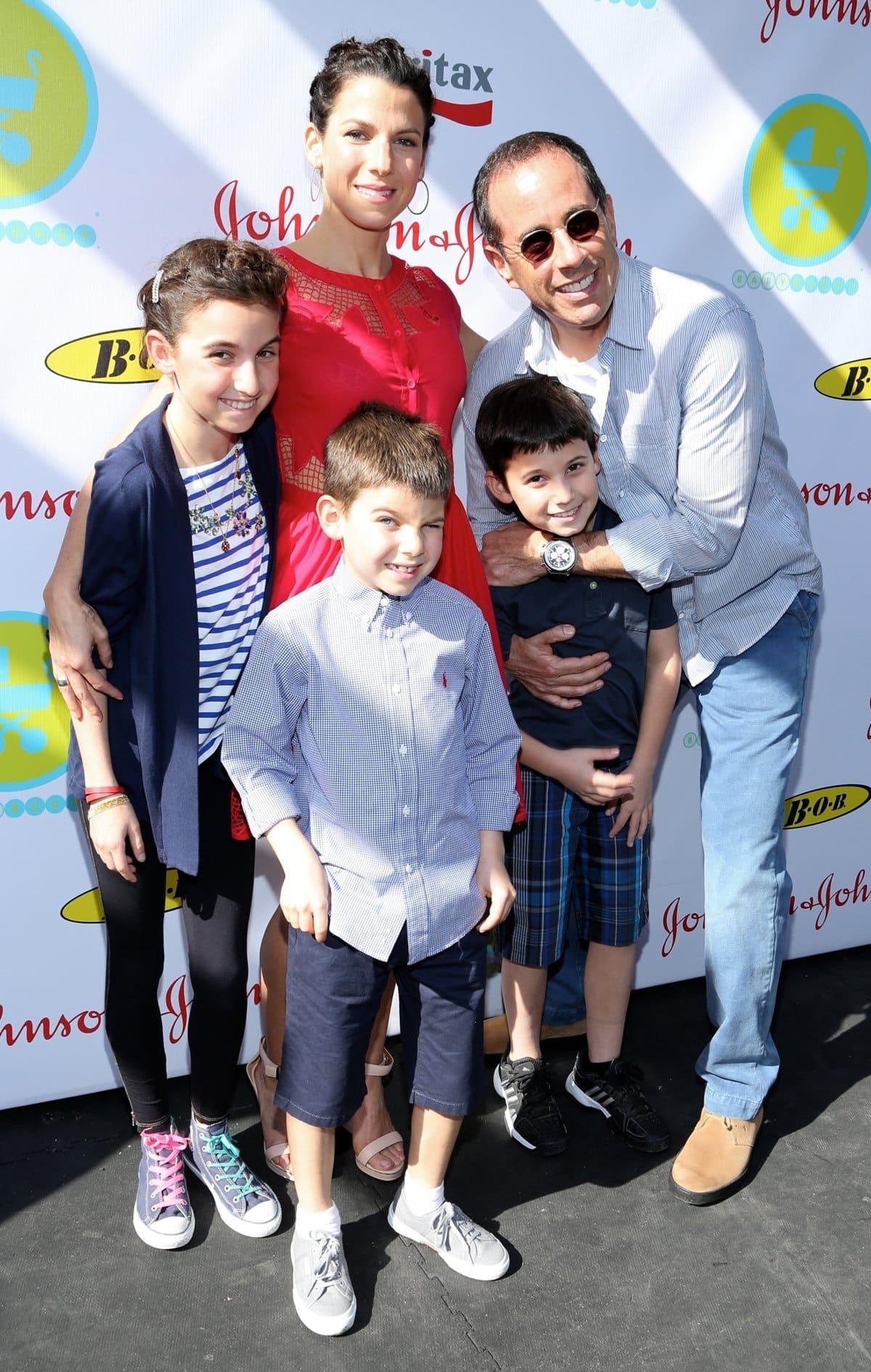 Jerry and Jessica Seinfeld with their three children Sascha (born November 7, 2000), Julian Kal (born March 1, 2003), and Shepherd Kellen (born August 22, 2005)