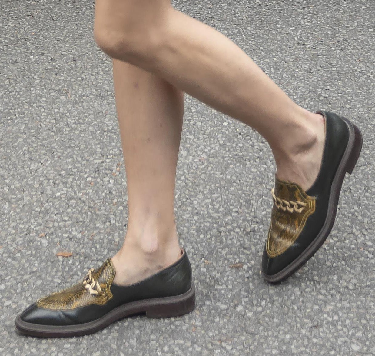 Olivia Palermo completes her perfect autumn look with Fratelli Rossetti loafers